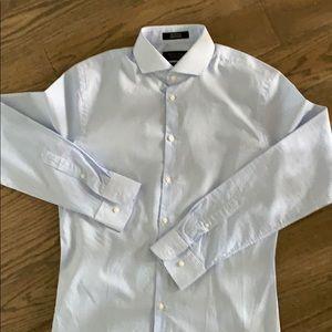 Men's dress shirt - extra trim fit.